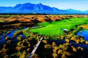 1st-hole-links-course-at-fancourt