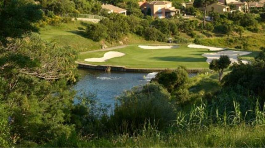golf de sainte maxime south of france book a golf holiday or golf break. Black Bedroom Furniture Sets. Home Design Ideas