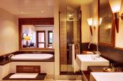 Deluxe bathroom at Heritage Awali Golf & Spa Resort