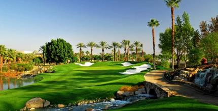 Closing hole at Indian Wells Golf Club