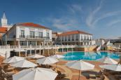 Outdoor view and pool area of Marriott Praia D'El Rey Golf and Beach Resort