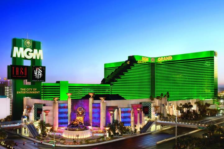 A casino, a seasonal outdoor pool, and a nightclub are also featured at the eco-friendly MGM Grand Hotel & Casino. Parking is available for a fee. Smoking is allowed in designated areas at this 4-star Las Vegas /5().