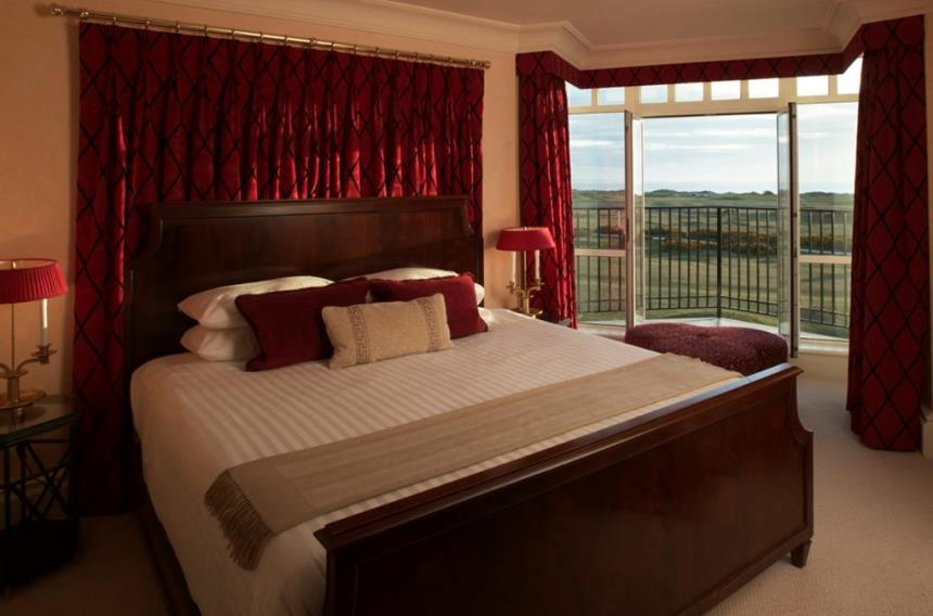 Luxurious Double Bedroom At Old Course Hotel St Andrews