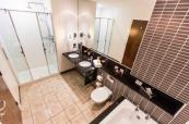 Large and spacious en-suite bathroom at Slieve Donard Resort, Belfast