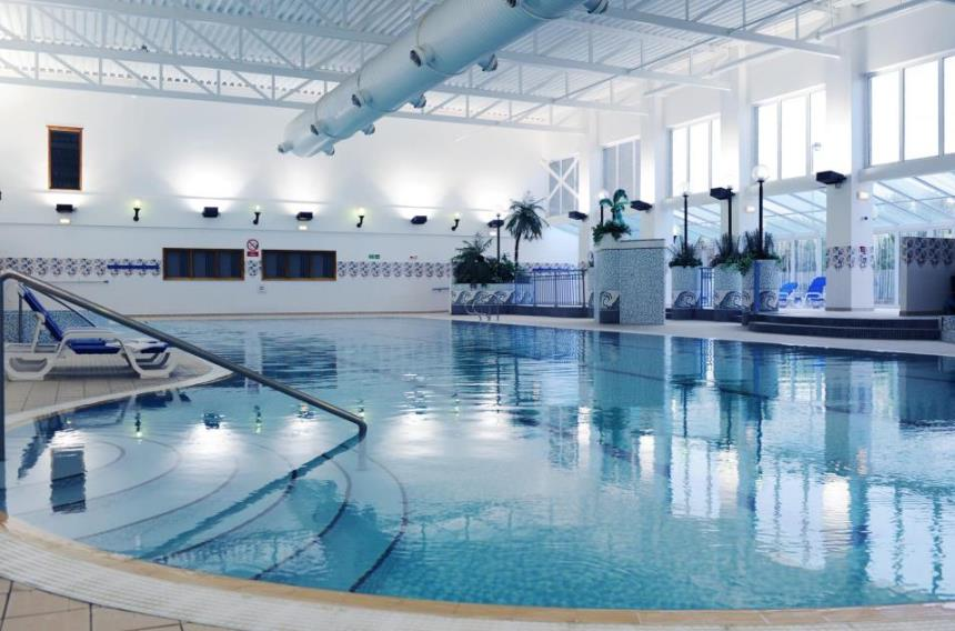 Book a golf break village wirral hotel for Wirral hotels with swimming pools